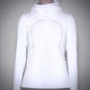 Lululemon half zip pullover with hood